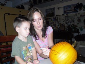 Pumpkin Carving 2009 015